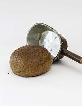 Eingenetztes Brot